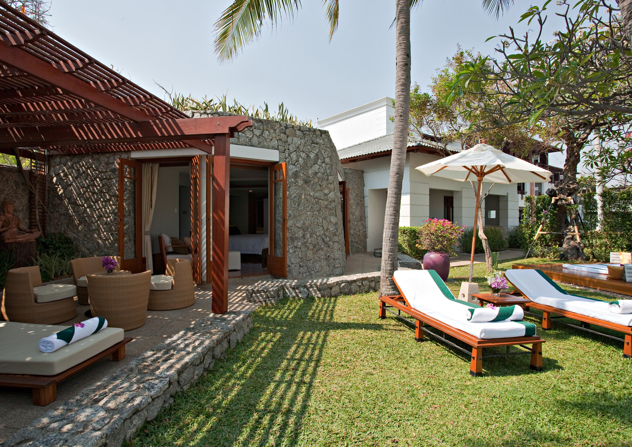 Outdoor of the Suite at Chiva Som Resort