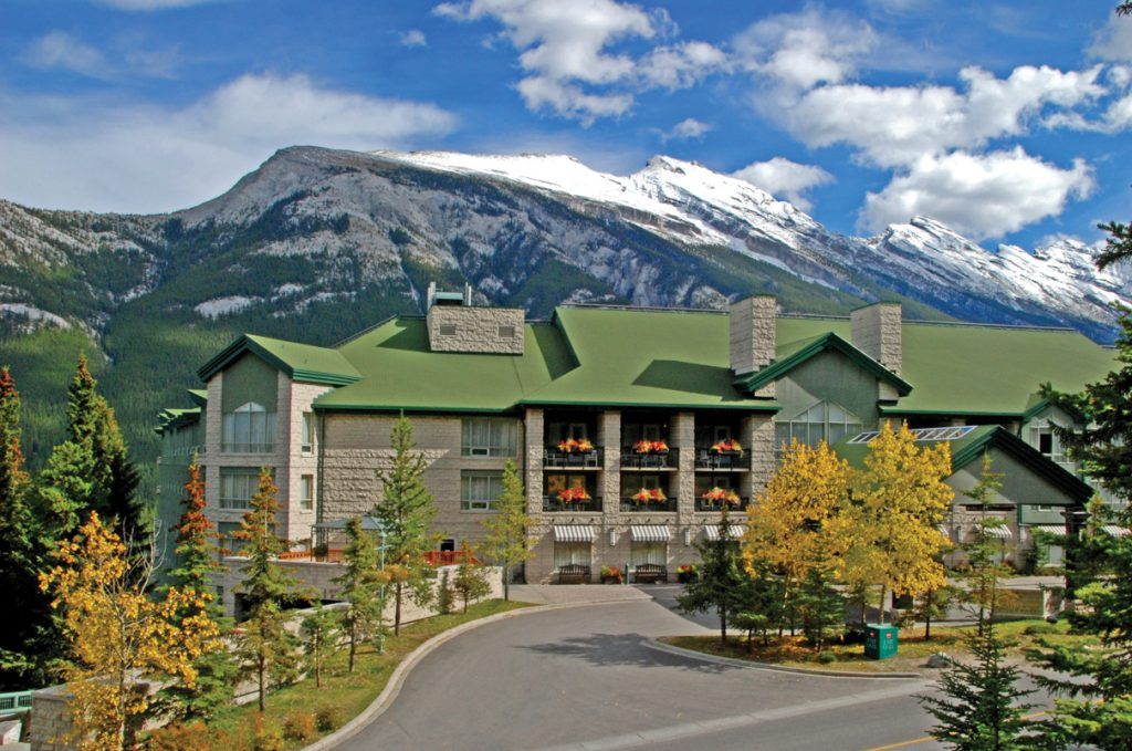 Rimrock Resort Exterior