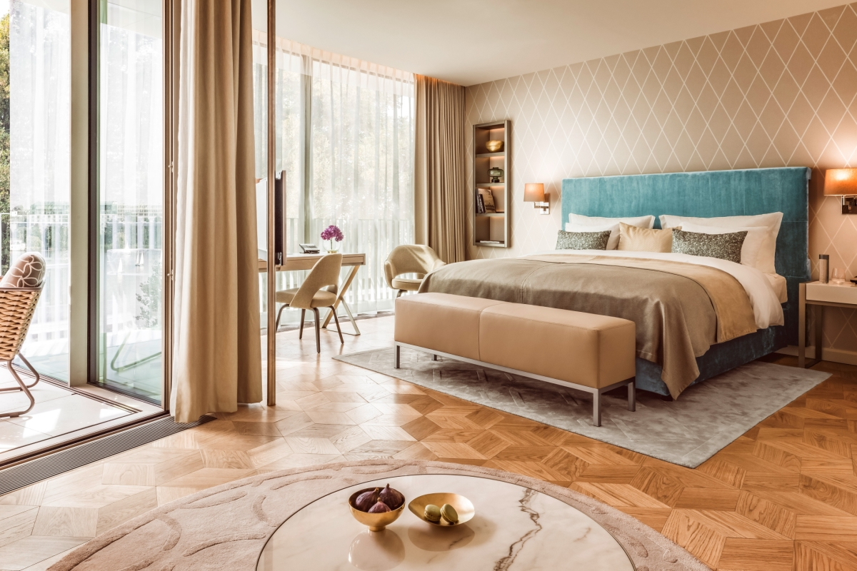 Suite at The Fontenay in Hamburg, Germany