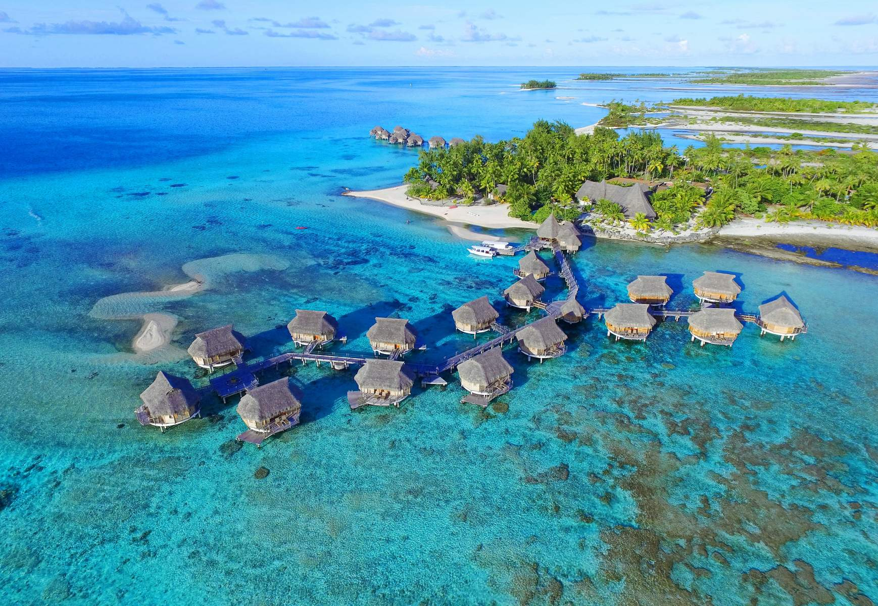 The Secret Islands of Tahiti You Need to Visit