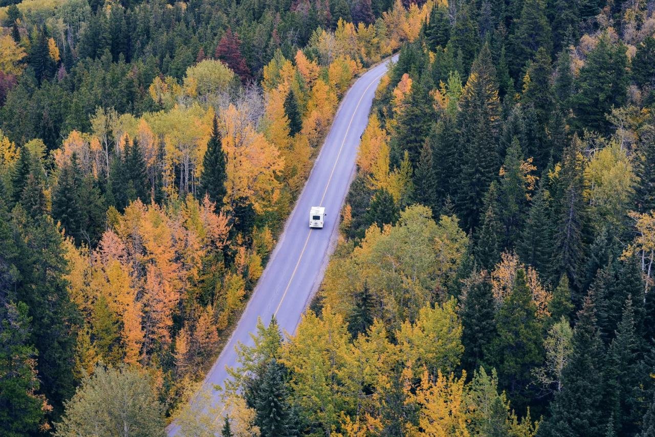 Road trip in the autumn