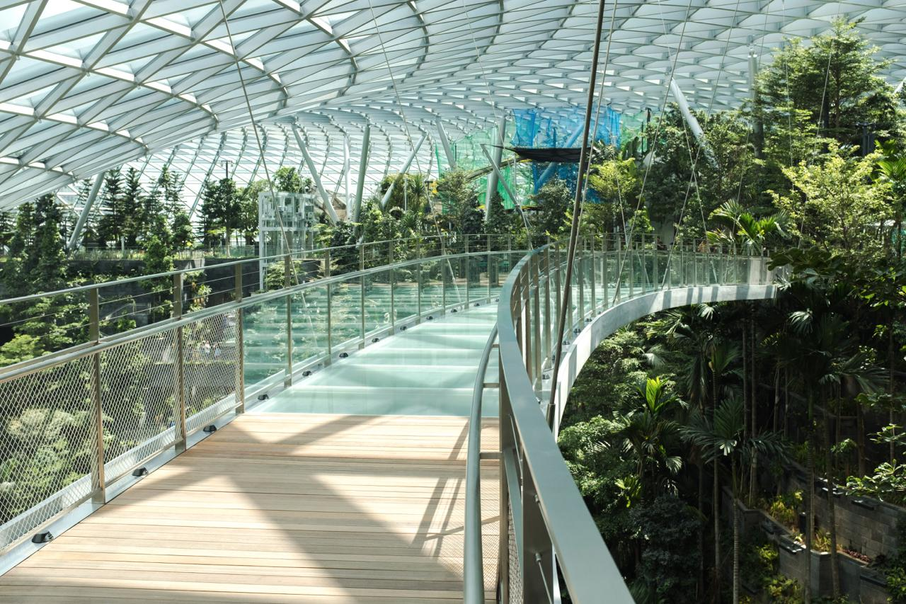 Slides, Gardens, Nets and Mazes at New Jewel Changi Airport