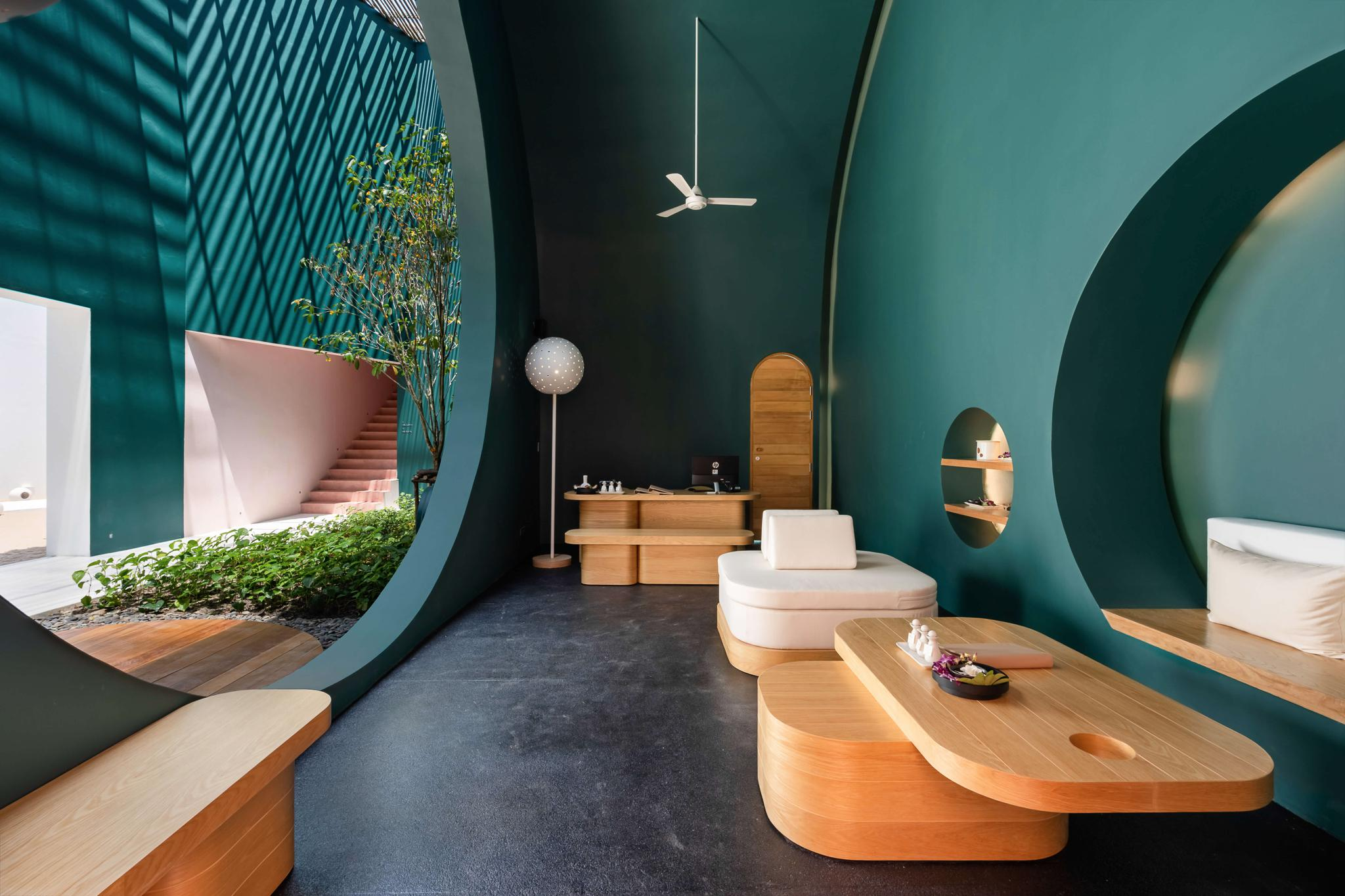 Dreamy Lunar-Inspired Spa Opens in Koh Samui