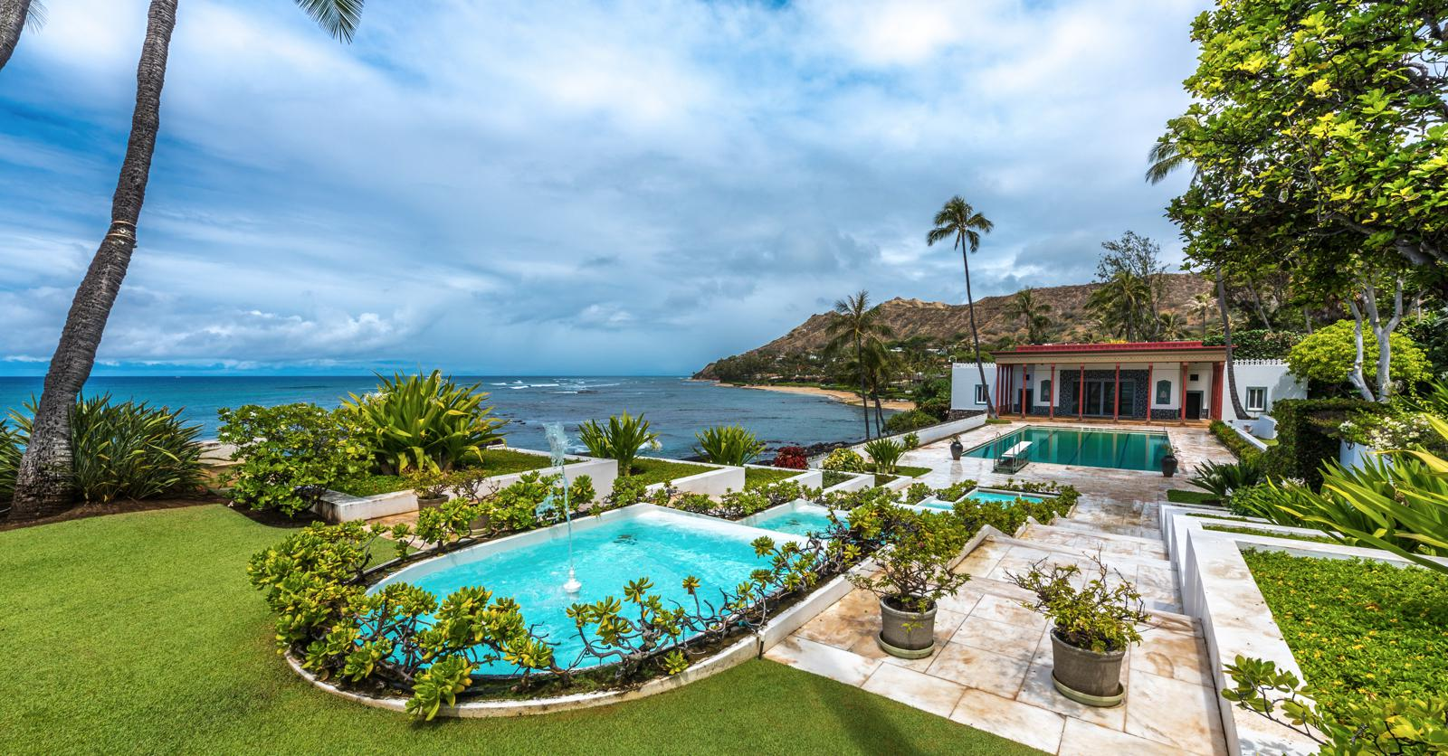 The Famous Hawaiian Mansion That's a Work of Art
